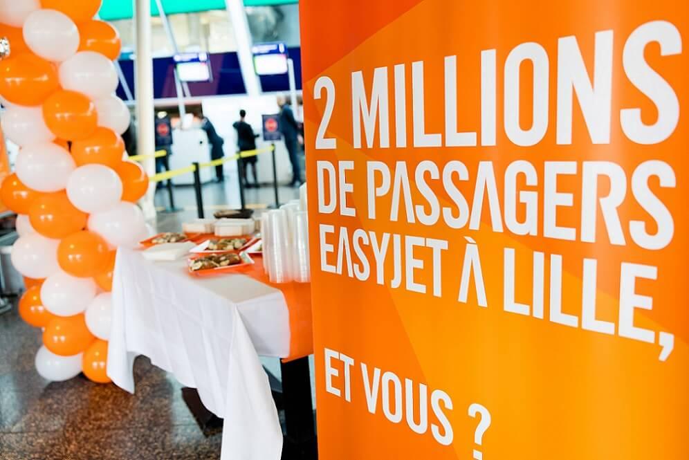 """Aéroport de Lille """"EasyJet""""."""