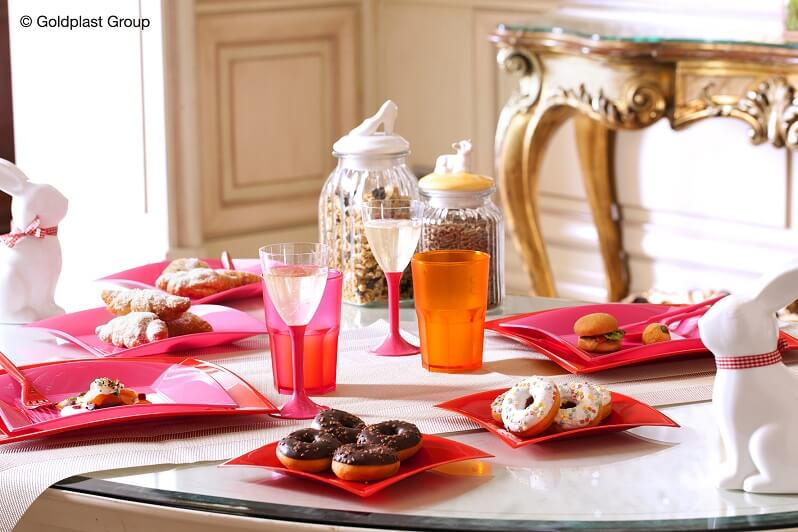 Assiette a dessert en plastique fuchsia