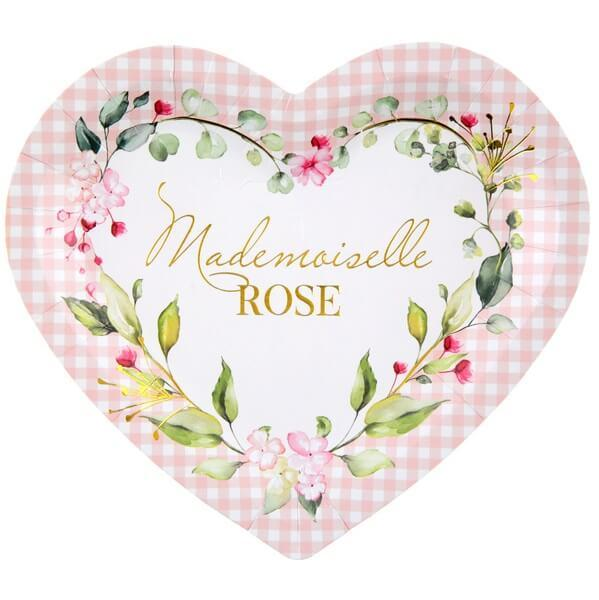Assiette coeur baby shower rose avec fleurs decoratives