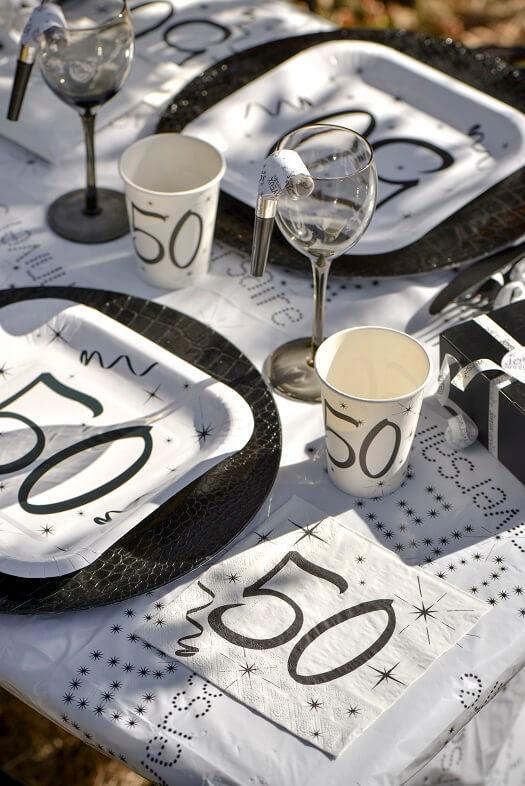 Assiette en carton anniversaire 50ans blanche et noire