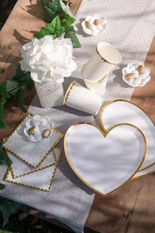 Assiette mariage st valentin coeur en carton blanche et doree