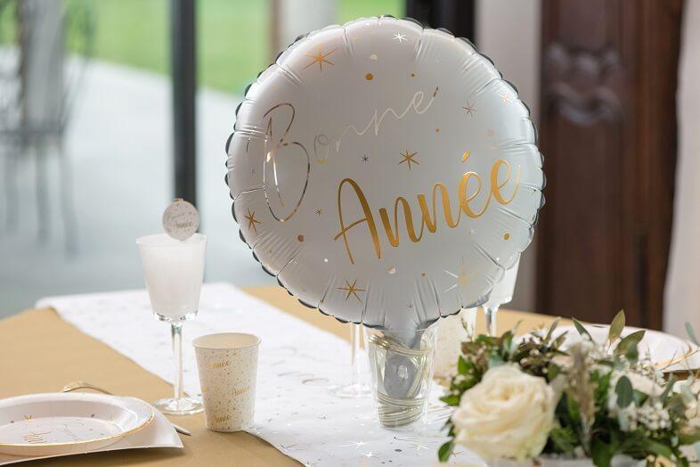 Ballon bonne annee blanc et dore nouvel an