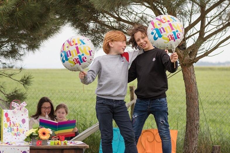Ballon geant joyeux anniversaire aluminium