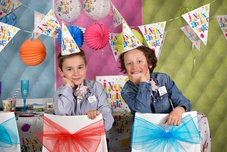 Banderole fanion joyeux anniversaire multicolore