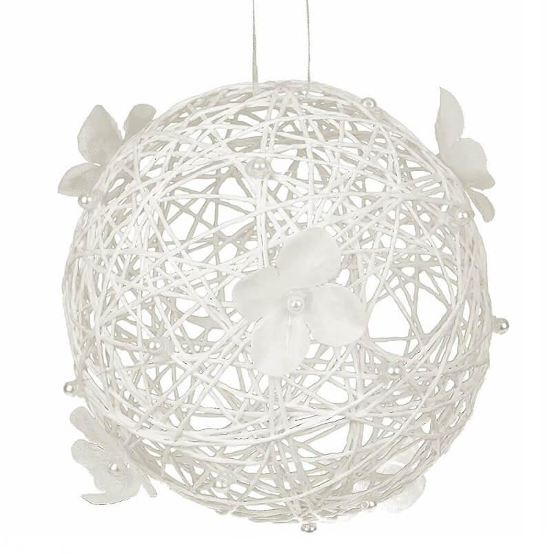 Boule blanche a suspendre pour decoration de salle
