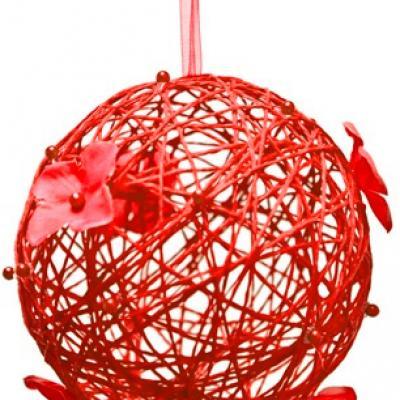 Boule rouge avec fleur à suspendre (x1) REF/DEC375