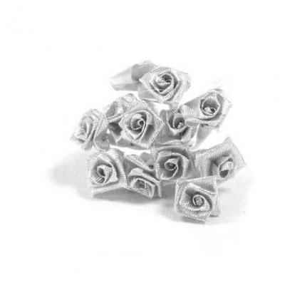 1 Bouquet décoratif argent en tissu avec 36 mini roses sur tige REF/FL681