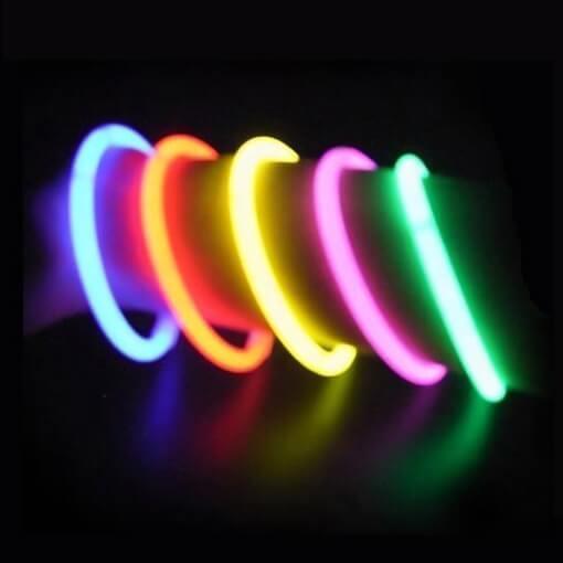 Bracelet lumineux et fluorescent