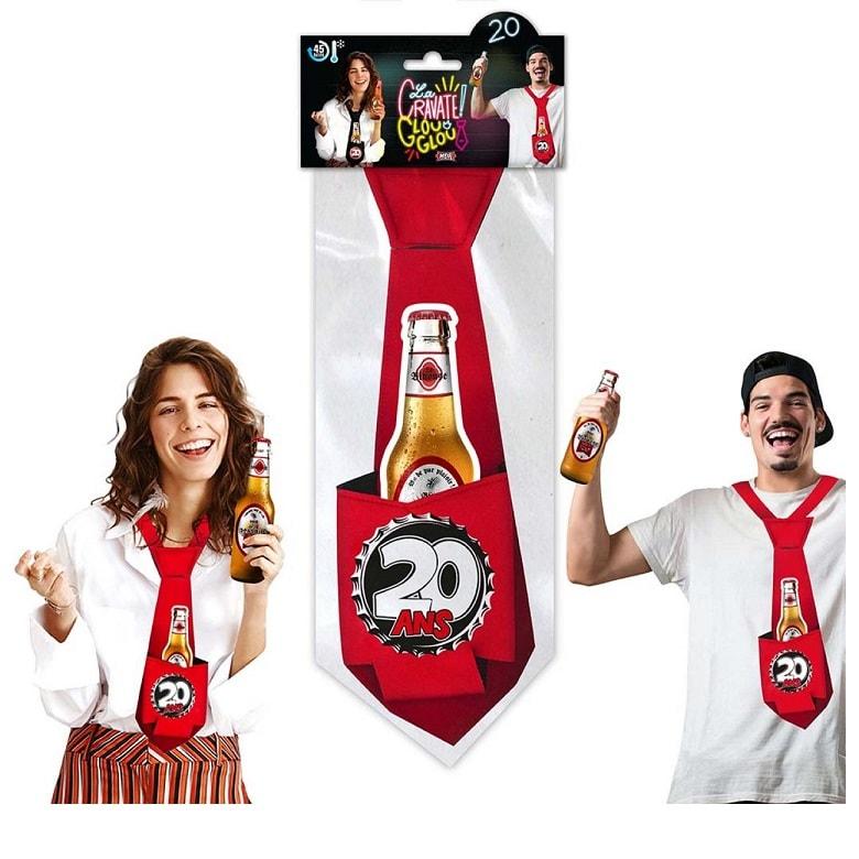 Cadeau cravate rouge anniversaire 20 ans
