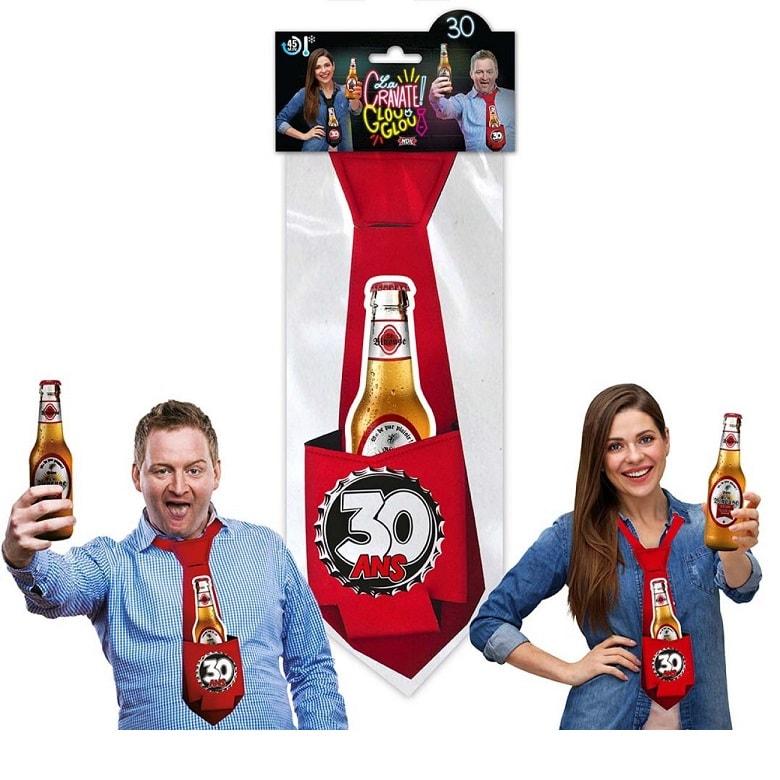 Cadeau cravate rouge anniversaire 30 ans