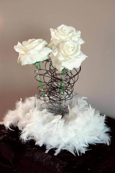 Centre de table floral noir et blanc