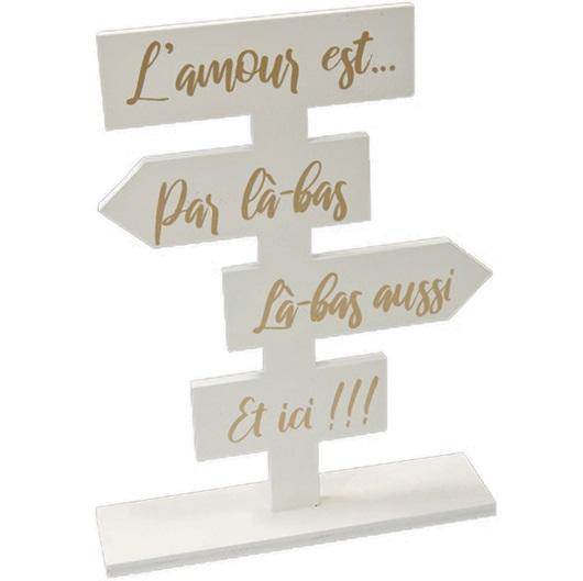 Centre de table totem en bois blanc mariage amour dore