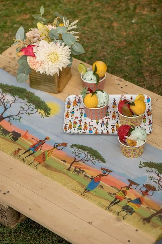 Chemin de table africain