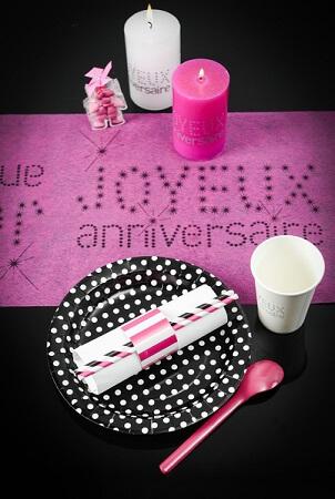 Chemin de table anniversaire fuchsia 5