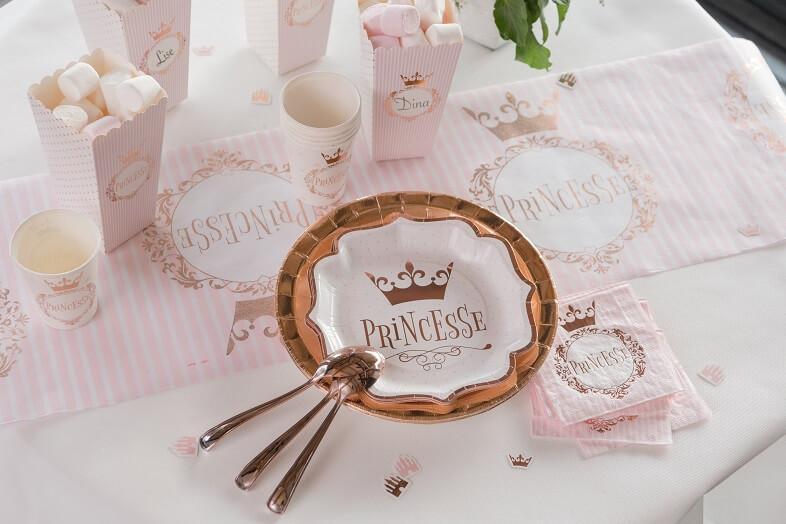 Chemin de table anniversaire princesse rose gold