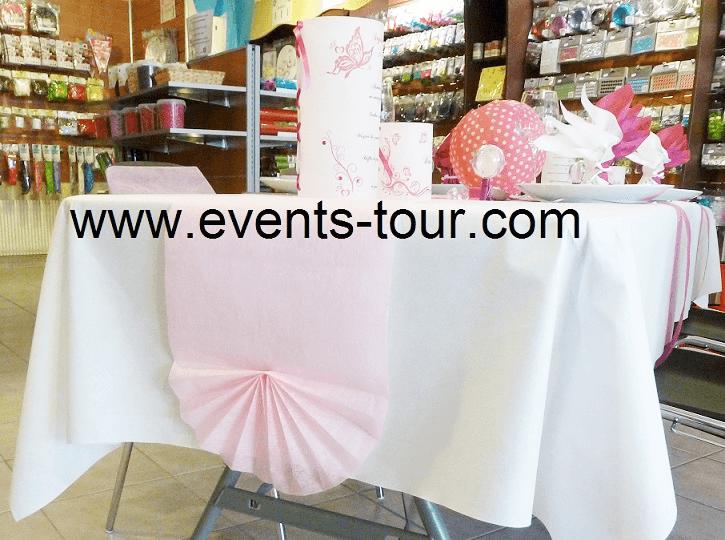 Chemin de table elegant rose pour eventail