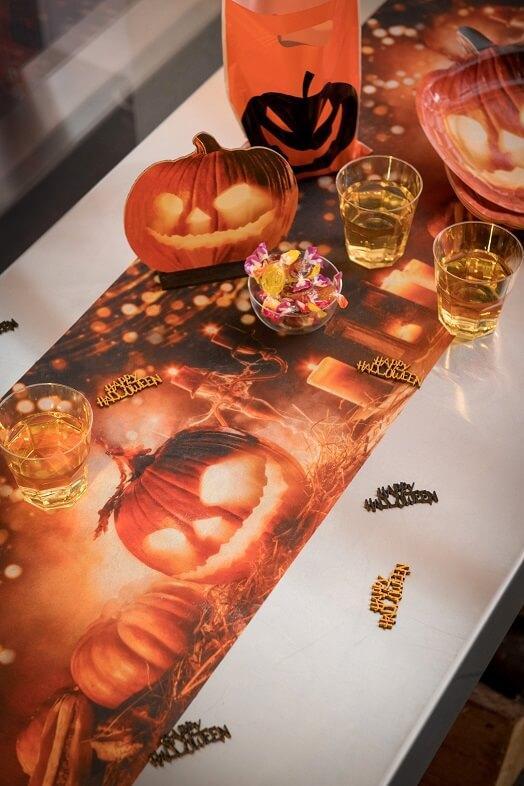 Chemin de table halloween citrouille lumineuse