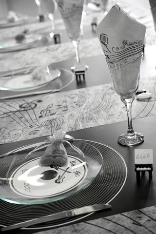 Chemin de table musique 4
