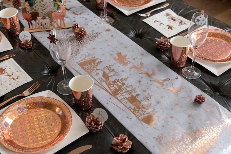 Chemin de table village de noel rose gold et blanc