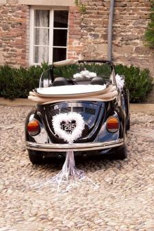 Location d'un grand coeur blanc en plumes pour votre décoration de salle de mariage. (x1) REF/EV-311
