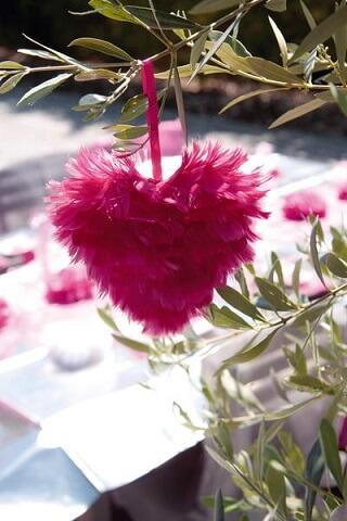 Coeur plumes fuchsia 2