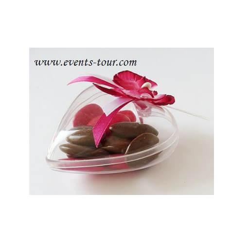 Confection de dragee coeur avec ruban satin rose fuchsia