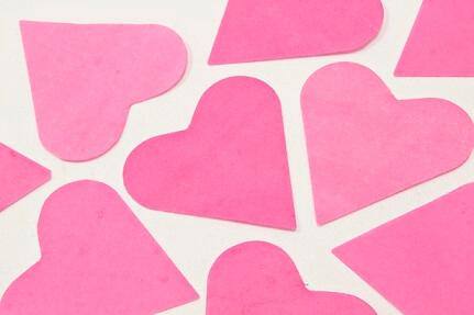 Confetti coeur fuchsia