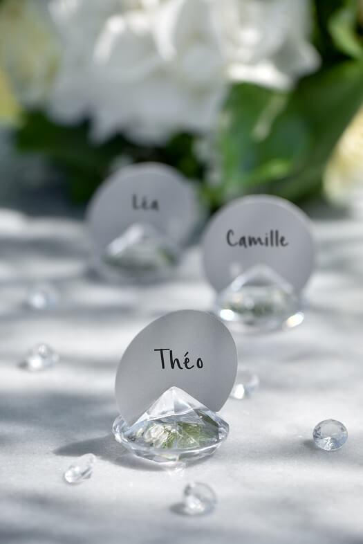 Decoration avec marque place diamant transparent