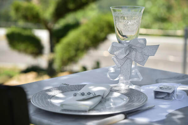Decoration avec noeud blanc