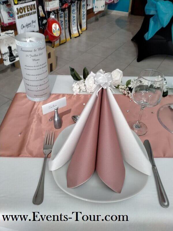 Decoration avec serviette de table rose gold