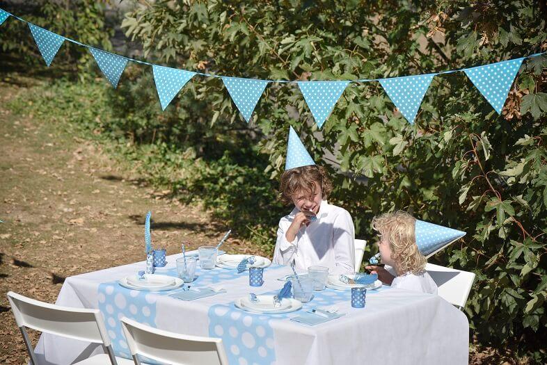 Decoration bleu turquoise avec pois