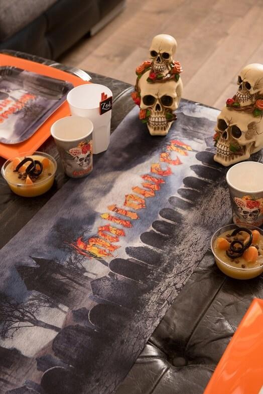 Decoration chemin de table halloween cimetiere