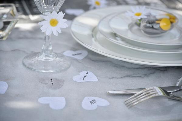 Decoration coeur mariage blanc