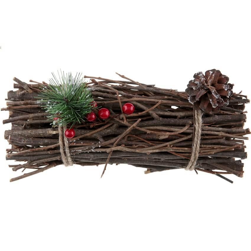 Decoration de noel avec fagot en bois