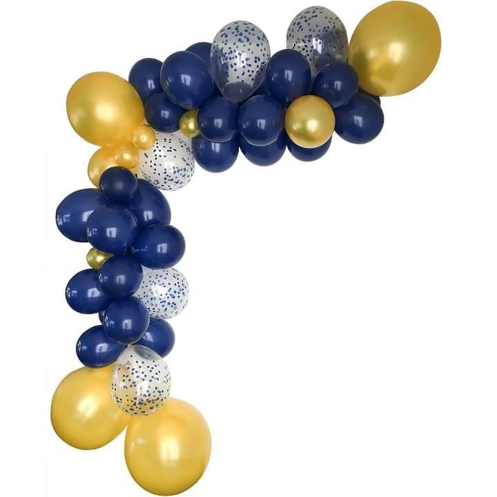 Decoration de salle avec guirlande organique ballon bleu marine et or