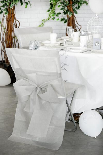 Decoration de salle grise et blanche