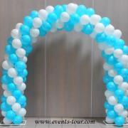 Decoration de salle mariage avec arche a ballons