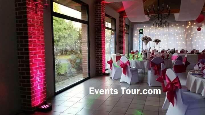 Decoration de salle mariage avec tenture blanche