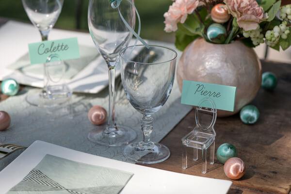Decoration de table a parsemer pour mariage