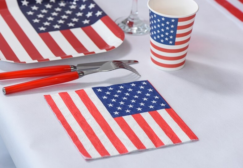 Decoration de table amerique avec serviette