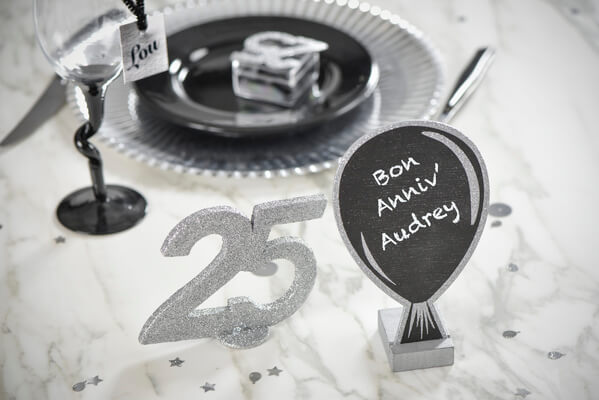 Decoration de table anniversaire 25ans 1