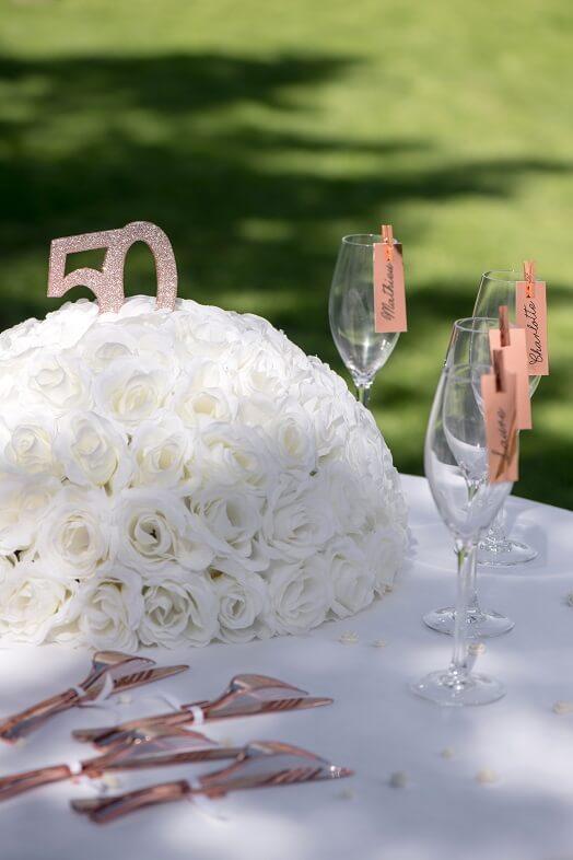 Decoration de table anniversaire rose gold 50ans avec paillettes