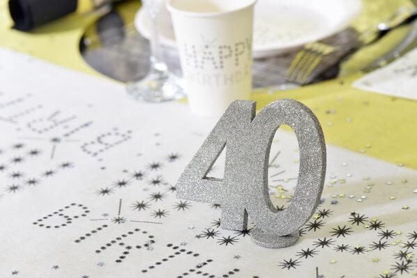 Decoration de table argent anniversaire 40ans