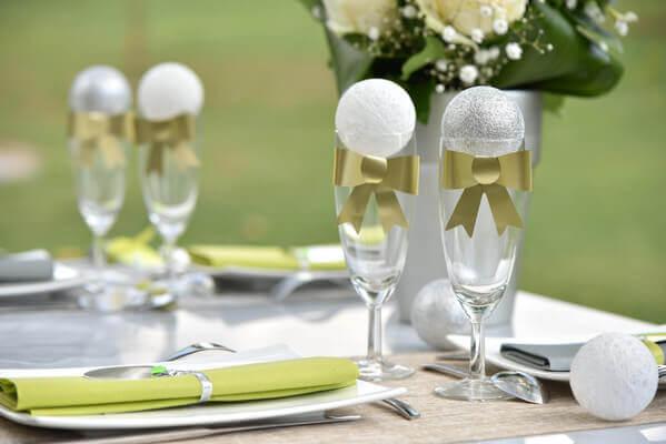 Decoration de table argent et blanc