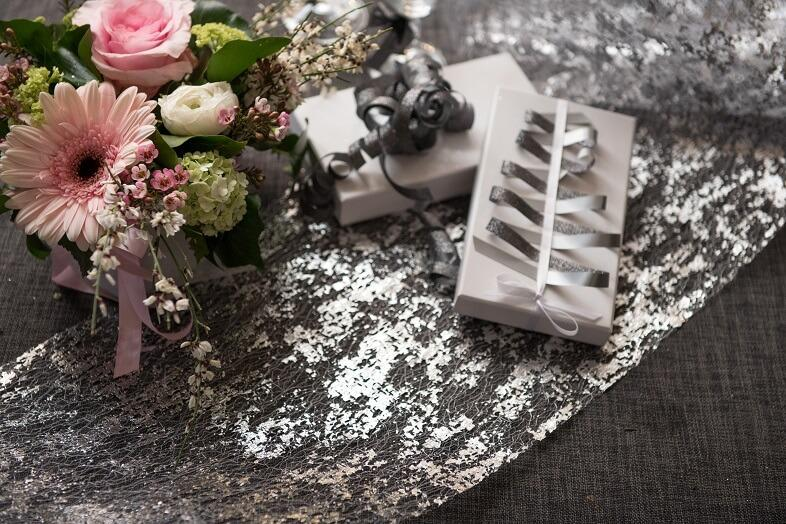 Decoration de table argent metallique