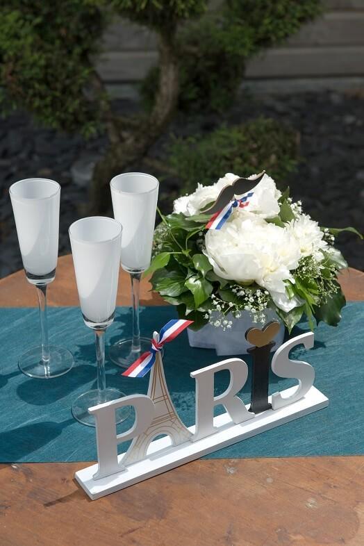 Decoration de table avec ruban tricolore france