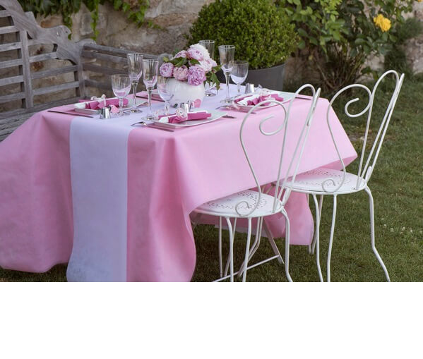 Decoration de table blanche et rose 2