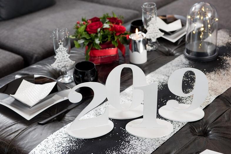 Decoration de table blanche nouvel an