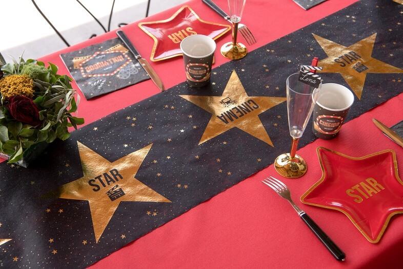 Decoration de table cinema avec gobelet 1