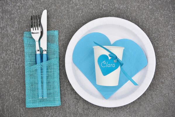 Decoration de table coeur bleu turquoise